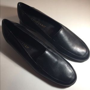 Women's Trotters Loafers Black Leather Size 7.5